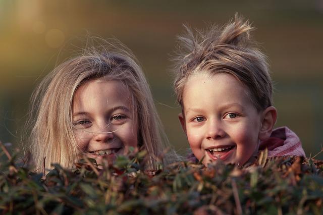 Nos enfants avalent 128 résidus chimiques par jour !